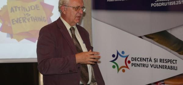 """La Hotel Hermes din Alba Iulia au avut loc conferintele si workshop-urile din cadrul proiectului """"Decenta si respect pentru vulnerabili"""""""